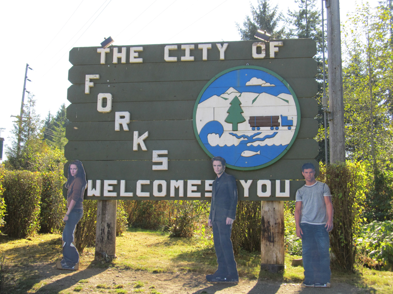 The City of Forks Welcomes the Twilight Newborns
